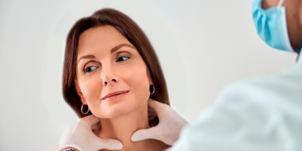 glándula tiroidea en la mujer
